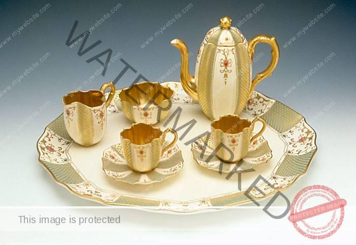 Coalport Porcelain Factory (England) Jeweled Tea Set