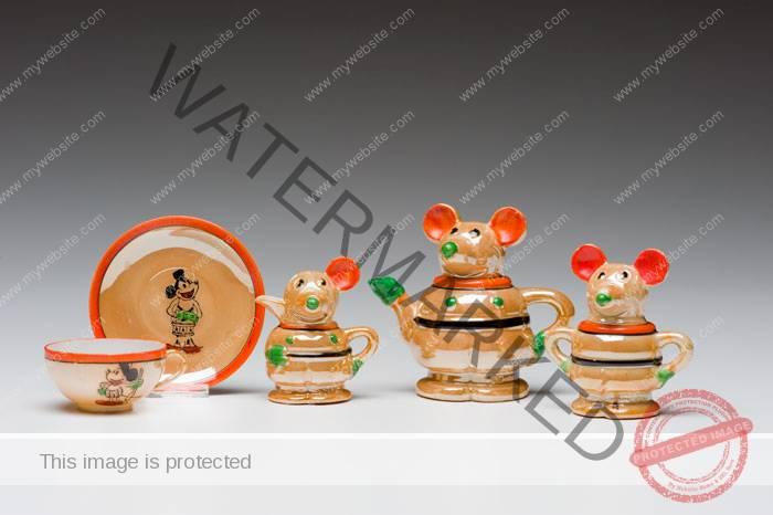 (Japan) Mickey Mouse Tea Set