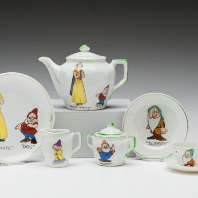 (Japan) Snow White Tea Set