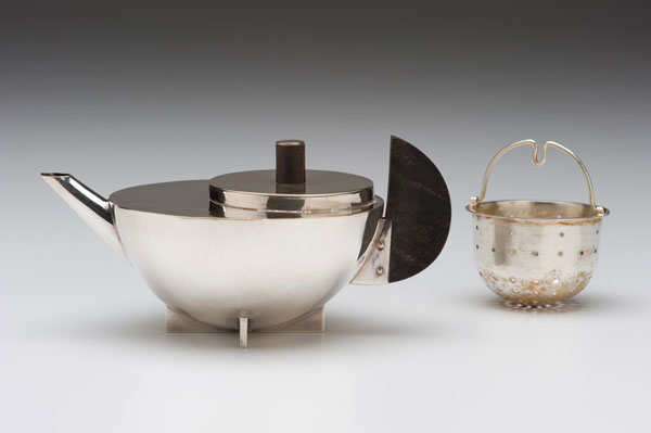 "Marianne Brandt (German, 1893-1983) ""Tea Infuser, Model No. MT 49"" ca. 1927 silver-plated brass, ebony. 3 x 6 x 4"" Photo: David H. Ramsey. 2007.147.1"