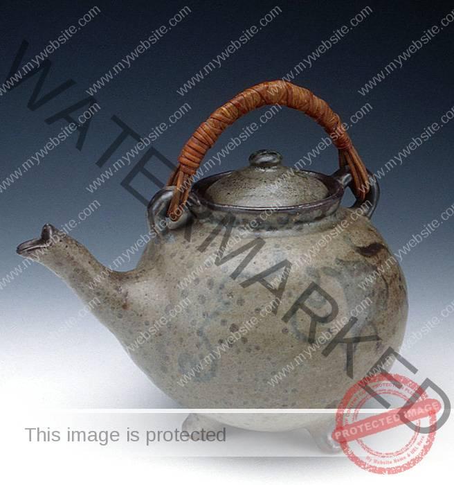 Bernard Leach teapot