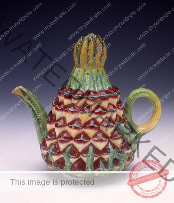Bow Porcelain Pineapple teapot