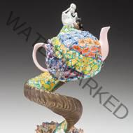Lynn Cassinerio Kamm Teapot