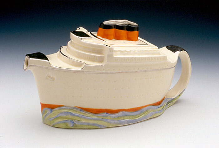 Midwinter Queen Mary teapot