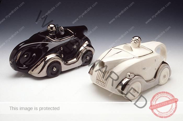 Sarsaparilla, Art Deco cars
