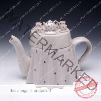 Morten, Tea Table Teapot