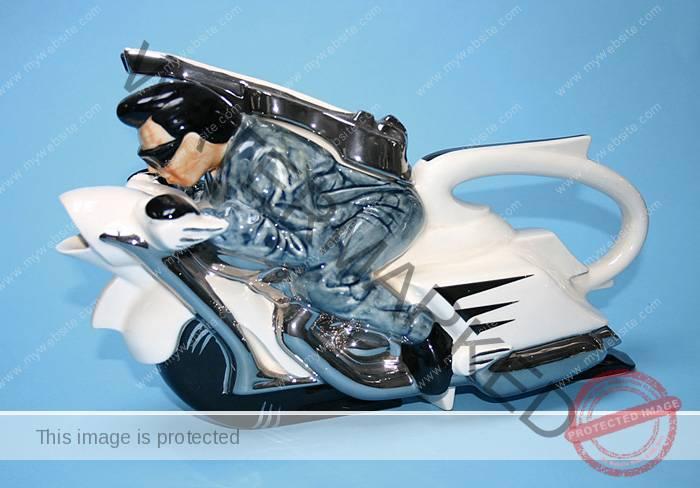 Silver Crane, Motorbike