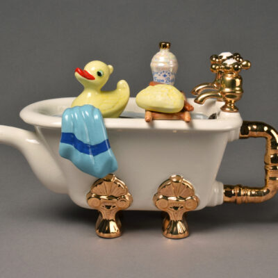 Swineside, Bathtub Teapot